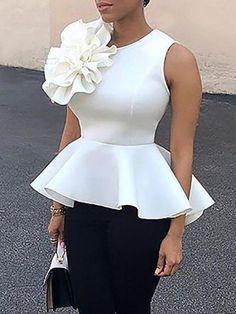 Flower Applique Zipper Back Peplum Top - Madam Store:Women's Fashion Online Shopping African Attire, African Wear, African Dress, Latest African Fashion Dresses, African Print Fashion, Latest Fashion, Look Fashion, Fashion Outfits, Womens Fashion