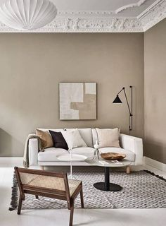Now that fall weather seems to be all we are getting here in Munich, I'm really drawn to tints of brown and beige like in this stunning Swedish interior. The warm beige walls in the living room go very nicely … Continue reading → Room Design, Interior, Apartment Interior, Minimalist Living Room, Beige Interior, Home Decor, Beige Living Rooms, Interior Design, Living Room Designs