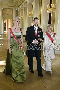 Crown Princess Mette-Marit wore this tiara for a dinner during the Vietnamese State Visit on June 5, 2008.