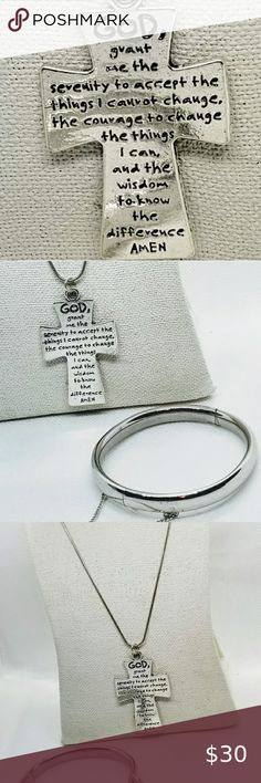 8 Silvertone Give Me Courage Strength Wisdom Medallion Niece You Are Loved Circle Bracelet