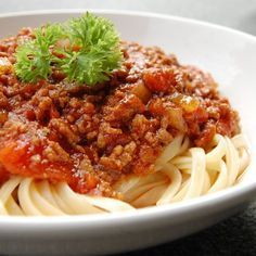 Spaghetti Bolognese mischen mit Tim Mälzers Rezept!
