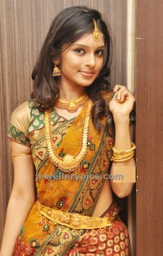 Model in Kasulaperu deisgns by CMR shoppingmall jewellery - Latest Jewellery Designs