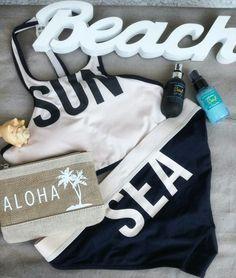 Surf essentials 🏄