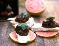 guava + camembert + beetroot-rhubarb-fig-balsamic chutney = easy delicious snack
