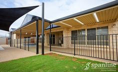 Whether it's shade, shelter or privacy you're after, Spanline offers a range of quality roofing options and styles that can be adapted to suit your individual needs. Dream Home Design, My Dream Home, House Design, Free Standing Carport, Carports For Sale, Roofing Options, Glass Room, Patio Roof, Outdoor Entertaining