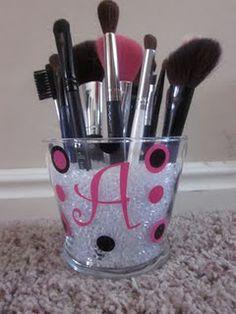 Cutest brush holder!!