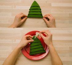 servilleta con forma de árbol para decorar la mesa de navidad resultado