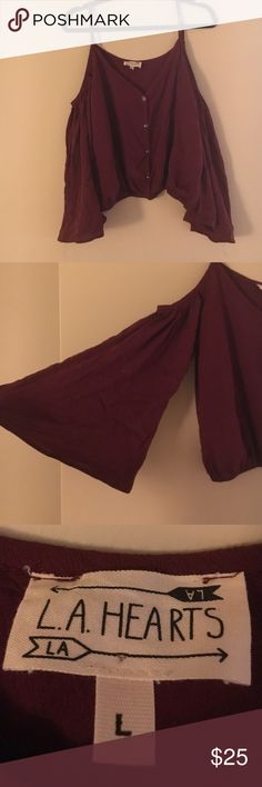 Burgundy Crop Top Never worn LA Hearts crop top! Color is burgundy, purchased at Pac Sun! Fits a medium or large! LA Hearts Tops Crop Tops