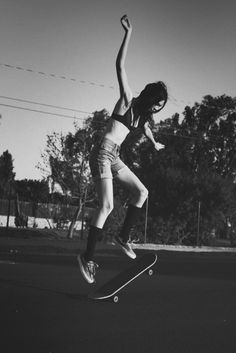 Looking for bambi: Skater Girl