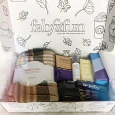 Hey everyone! Today I wanted to share my new (to me) subscription box to @FabFitFun. I recently canceled my Ipsy and Peaches