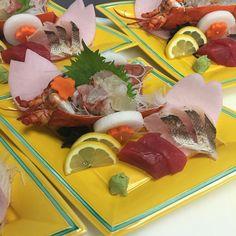 This is one of our #kaiseki dishes. It features #sashimi dish made from #lobster tuna barracuda and cherry blossom petals shaped radish.  #vegaslocal #japanese #restaurant #foodie #fish #vegas #LasVegasEats #lasvegas #vegasjapanesefood #unlokt #myfab5 #bestfoodlasvegas #locallovelv #vegasdining #懐石 #henderson#thejapanesecuisine #vegaseats by yuzu_japanese_kitchen