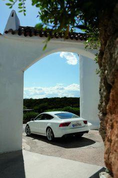 2012 Audi A7 Specifications 588x882 Audi A7 2012