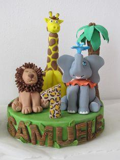 #Topper #zoo in #pasta di #zucchero ( #pdz ) con #leone, #giraffa, #elefante