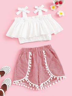 To find out about the Girls Tie Strap Ruffle Top & Pompom Shorts Set at SHEIN, part of our latest Girls Two-piece Outfits ready to shop online today! Dresses Kids Girl, Kids Outfits Girls, Girls Fashion Clothes, Teenager Outfits, Teen Fashion Outfits, Mode Outfits, Cute Fashion, Teen Girl Clothes, Fashion Dresses