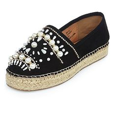 Black pearl trim chunky espadrilles Like the chunky platform Beaded Shoes, Embellished Shoes, Espadrilles, Walk In My Shoes, Me Too Shoes, Backless Shoes, Shoe Makeover, Shoes Sneakers, Shoes Heels