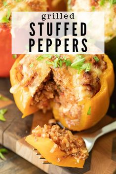 These Grilled Stuffed Peppers are a delicious and filling way to enjoy your veggies. Stuffed with ground beef, rice, and delicious seasonings, and grilled to crunchy perfection, you'll be surprised how good these guys are! Ground Chicken Stuffed Peppers, Grilled Stuffed Peppers, Low Carb Stuffed Peppers, Vegetarian Stuffed Peppers, Cheesesteak Stuffed Peppers, Pellet Grill Recipes, Grilling Recipes, Beef Recipes, Smoker Recipes