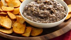 Make this classic Middle Eastern dip made using Progresso® black beans and Old El Paso® green chiles – a tasty appetizer served with Pillsbury® baguette chips.