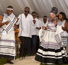 Xhosa Attire, African Attire, African Fashion Dresses, African Traditional Wedding, African Traditional Dresses, Traditional Wedding Attire, African Weddings, Zulu, I Dress