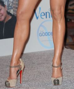 These are total drool worthy Louboutins worn by the fabulous Jennifer Lopez! I love the ankle strap and the stud toe.
