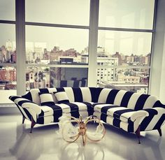 LOVE this black & white striped couch<3