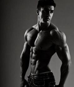 Jaco de bruyn South African Bodybuilder/fitness model