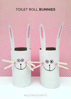 10 minute quick Spring or Easter craft - cute little Toilet Roll Bunnies, I wonder if I could make treat boxes out of them? // MollyMooCrafts.com