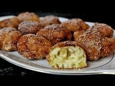 Buñuelos de manzana - YouTube Cannoli, Sweet Life, Fritters, Doughnuts, Muffin, Food And Drink, Cooking Recipes, Sweets, Snacks