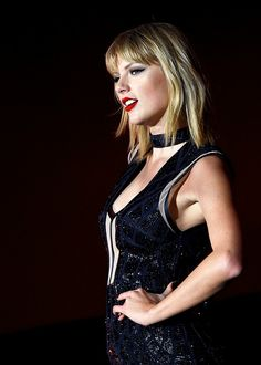 Taylor Swift on stage