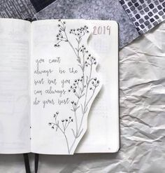 Bullet journal layout ideas and bullet journal inspiration, bullet journal doodles, bullet journal covers Bullet Journal Simple, Bullet Journal Quotes, Bullet Journal 2019, Bullet Journal Notebook, Bullet Journal Aesthetic, Bullet Journal Ideas Pages, Bullet Journal Inspiration, Bullet Journal Yearly Layout, Bullet Journal Goals Page