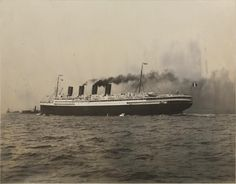 French Line FRANCE (1912) arrives New York, 1926
