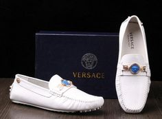 Versace Mens WHITE Crocodile Loafers   New Men Versace Crocodile Leather loafers Shoes Mens design dress ...   Raddest Men's Fashion Looks On The Internet: http://www.raddestlooks.net