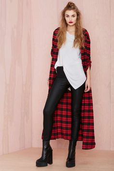 Hang Tight Leggings (inspiration for upcycled long flannel cardigan. Diesel Punk, Alternative Mode, Alternative Fashion, Rockabilly, Chelsea Girls, Gothic, Cardigan, Plaid Tunic, Plaid Jacket