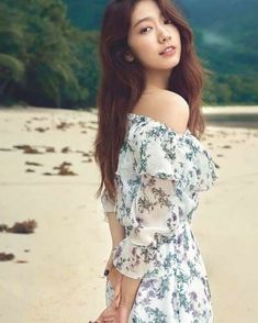 Korean Actresses, Asian Actors, Korean Actors, Actors & Actresses, Korean Dramas, Gwangju, Celebrity Babies, Celebrity Dresses, Park Shin Hye Boyfriend