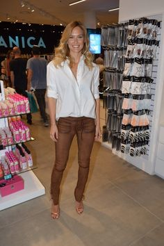 Fashion model Bar Refaeli looked casual chic as she was pictured at Urbanica Wear House store opening in Rishon LeZion on May Look Casual Chic, Casual Looks, Bar Refaeli, Fashion Models, Leather Pants, Tights, Fancy, Urban, Denim