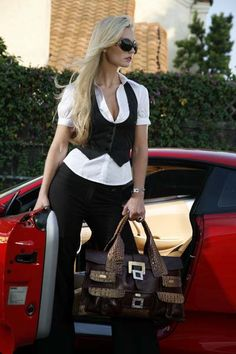 BOLD/UNIQUE and Designer Italian Leather Handbags/Accessories....Custom Designed here in USA....Collectibles....www.Jjansendesigns...Signed by ARTIST.