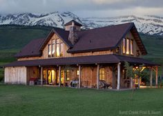Just as important as finding a farm you love is finding a farmhouse you love. Many rural folk are gleaning farmhouse inspiration from America's landscape and building barn-style homes.