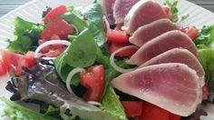 Salad with sliced tuna-fish