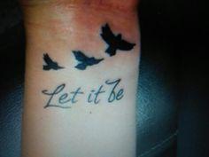 Small Birds Tattoos on Wrist Bird Tattoo Wrist, Wrist Tattoos, Body Art Tattoos, New Tattoos, Flame Tattoos, Music Tattoos, Tatoos, Baby Tattoos, Cute Tattoos