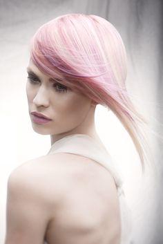 Coiffure Award 2013 for Lisette Schuiling - 3rd Place Color #DarienTouma #makeup…