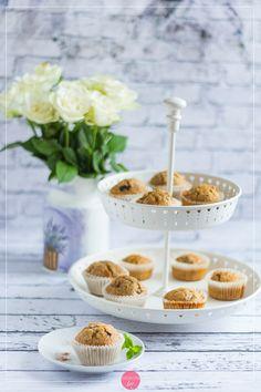 Muffiny bananowe, proste do zrobienia i szybkie do upieczenia, pięknie pachnące. #muffiny #muffinki #wypieki #przepis Cereal, Food And Drink, Breakfast, Morning Coffee, Breakfast Cereal, Corn Flakes