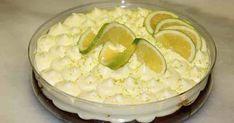 Φανταστικό λεμονογλυκό με μπισκότα και γιαούρτι σε 10′. Για σας που σας αρέσει η λεμονόπιτα, αυτή είναι μία διαφορετική συνταγή που θα σας ενθουσιάσει!! Υλικά: 400γρ μπισκότα τύπου digestive 150γρ βούτυρο σε θερμοκρασία δωματίου 1 κιλό γιαούρτι στραγγιστό 1 γάλα ζαχαρούχο χυμό ενός λεμονιού Ξύσμα λεμονιού Εκτέλεση: Τριβουμε τα μπισκότα στο μούλτι και τα ανακατεύουμε… Lemon Recipes, Sweets Recipes, Greek Recipes, Candy Recipes, Desert Recipes, Cooking Recipes, Greek Sweets, Greek Desserts, Easy Desserts