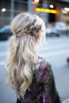Brilliant Amazing Braids Hairstyle https://fazhion.co/2017/12/19/amazing-braids-hairstyle/ Amazing Braids Hairstyle to level up your braids game and show off gorgeous long hair more than just with simple and old poytail
