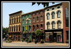 Historical Lexington's Victorian Square