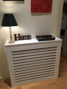 Cubre radiador Home Appliances, Sofa, Living Room, Emoticon, House, Israel, Ideas, Home Decor, Fashion