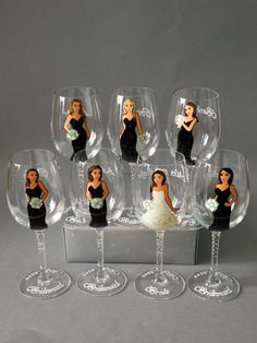 SALE Bridesmaids Gift Bridal Party Wine or champagne Glasses Bridesmaids Gift - Personalized Caricatures Handpainted to their Likeness Gifts For Wedding Party, Bridal Gifts, Party Gifts, Party Favors, Bridesmaid Glasses, Wedding Glasses, Champagne Glasses, Personalized Bridesmaid Gifts, Personalized Wine