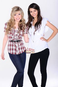 Victoria Justice and Jennette McCurdy - Nickolodeon Photoshoot   Celebphotobox