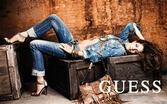 guess fashion models/I live! Guess Jeans, Sport Fashion, Fashion Models, Womens Fashion, Fashion Trends, Jeans Fashion, Ladies Fashion, High Fashion, Pepe Jeans