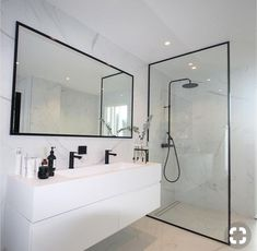 Most Popular Small Bathroom Remodel Ideas on a Budget in 2018 This beautiful look was created with c… Beliebteste kleine Badezimmer-Umbauideen mit kleinem Budget im Jahr 2018 Dieser schöne Look wurde mit … Bathroom Renos, Bathroom Renovations, Bathroom Faucets, Small Bathroom, Bathroom Ideas, Bathroom Storage, Marble Bathrooms, Remodel Bathroom, Budget Bathroom