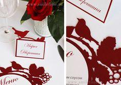 рассадочные карточки и меню на свадьбе #wedding #red #birds