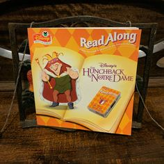 Read Along - Disney's The Hunchback of Notre Dame 1996 Cassette Tape and Book